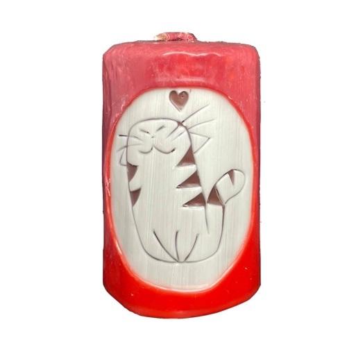 Aromatická ručne vyrobená sviečka - červená s vôňou grapefruitu, mačka so srdiečkom 1 - pre milovníkov mačiek